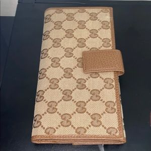 Authentic Gucci checkbook classic wallet